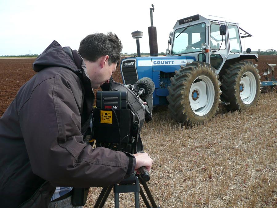 Primetime's Steve recording the event